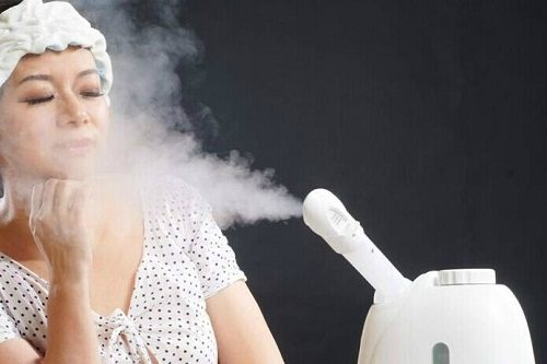 Using facial steamer with ozone .